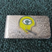 Green Bay Packers Money Clip With Single Bar Helmet Circa 1970